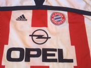 Global Classic Football Shirts | 2000 Bayern Munich Vintage Retro Old Soccer Jerseys
